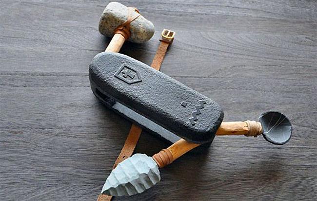 zwitsers zakmes uit stenen tijdperk
